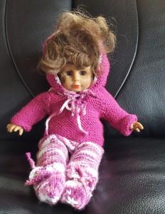 Second hand-Puppe mit Kleider, 30 cm Grösse (Auf Anfrage sind Kleider auch ohne Puppe zu kaufen) Fr. 40.-