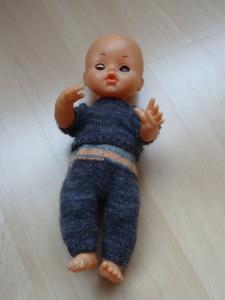 Second hand-Puppe mit Kleider, 35 cm Grösse (Auf Anfrage sind Kleider auch ohne Puppe zu kaufen) Fr. 30.-