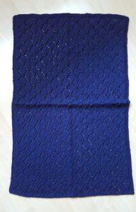 Decke - dunkelblau 52 x 78 cm gross Fr. 50.-